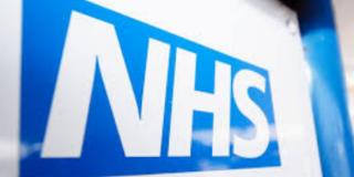 Sur le web : Pour désengorger les hôpitaux, le Royaume-Uni teste l'Airbnb de la convalescence