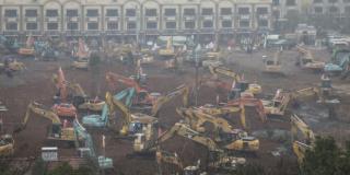 Wuhan : Réquisition et construction d'hôpitaux pour pallier aux infections croissantes