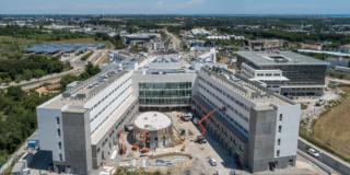 Livraison prévue à la fin de l'été pour la nouvelle Clinique Saint-Jean du groupe Cap Santé : visite du chantier